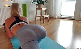 Beautiful round and firm ass fucked in doggystyle