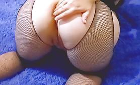 Amo la mia figa - masturbazione amatoriale della figa di una troia matura