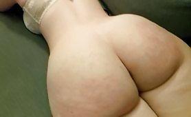 Slut gets spanked and ejaculated on her huge ass