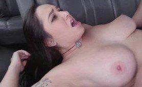 सींग भएको कार सेक्स